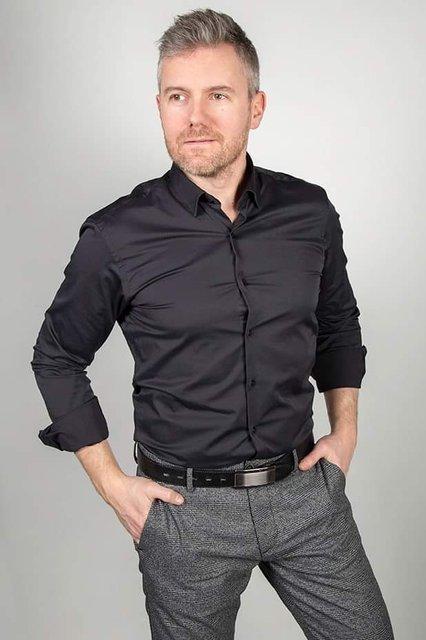 Koszula klasyczna z długim rękawem - czarna